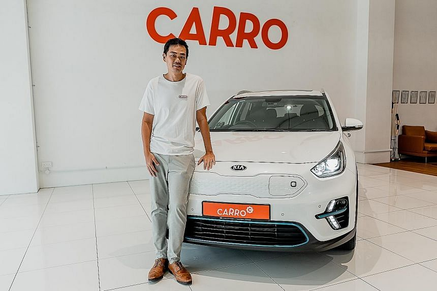 Used car marketplace Carro's co-founder and chief executive Aaron Tan (left), 36, and software firm PatSnap's founder and chief executive Jeffrey Tiong (below left), 37. Their start-ups joined the ranks of Singapore's unicorns this year. Both men wer