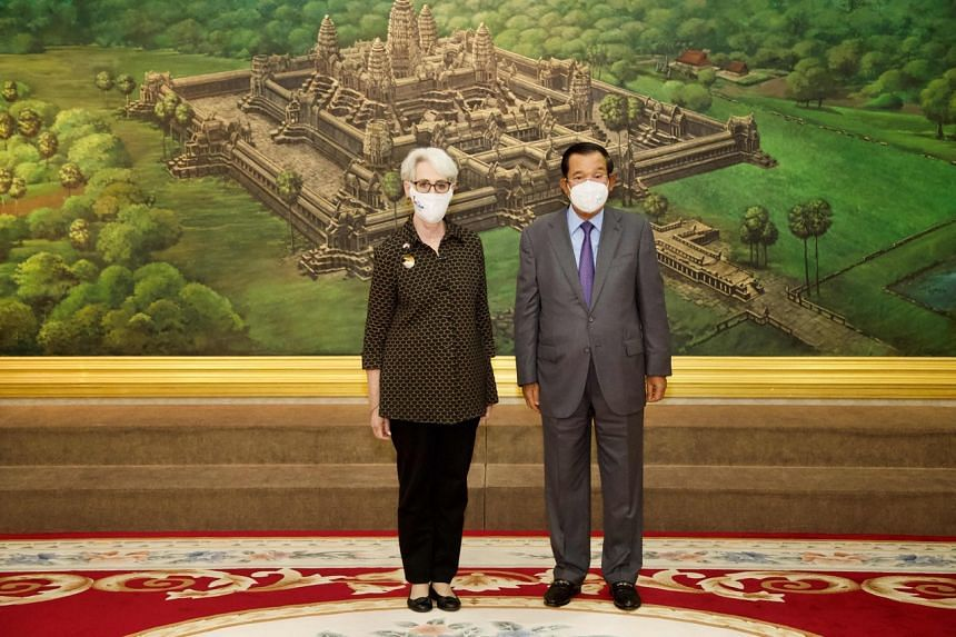 US Deputy Secretary of State Wendy Sherman with Cambodian Prime Minister Hun Sen during a meeting at the Peace Palace in Phnom Penh on June 1, 2021.