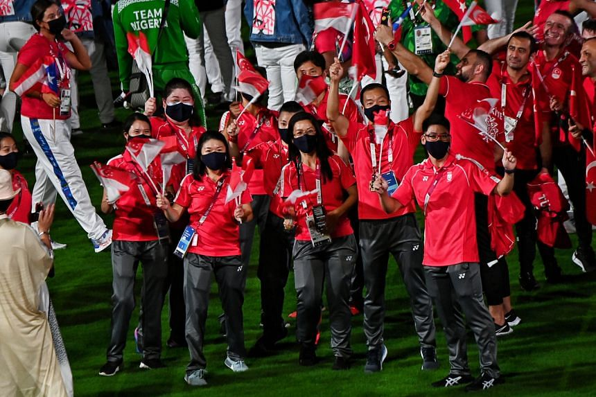 Team Singapore athletes at the closing ceremony of the Tokyo Games on Aug 8, 2021.