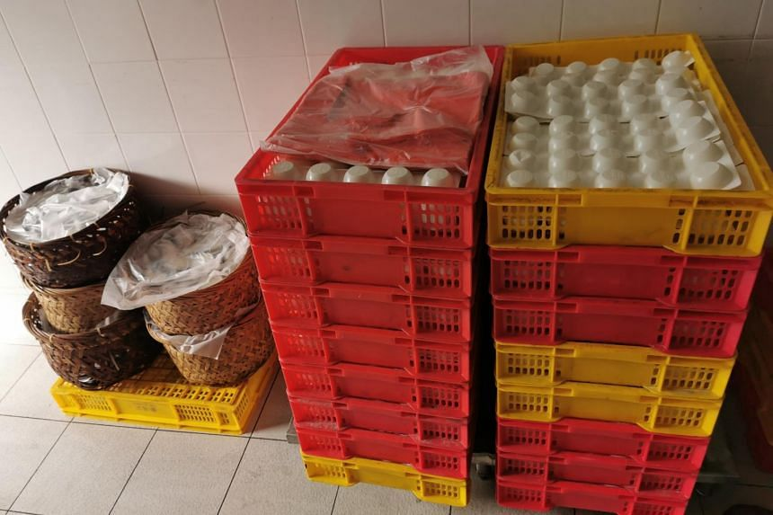 SFA seized 3,880 pieces of chwee kueh on the spot, while carrot cakes which had been distributed were immediately recalled by the company.