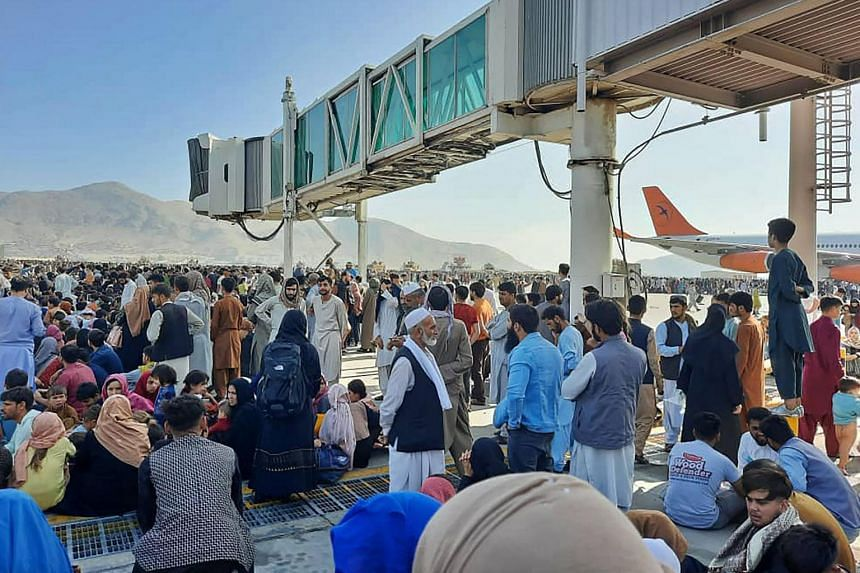 The bedlam at the airport came just hours after Taleban leaders ordered their fighters into Kabul to maintain order.