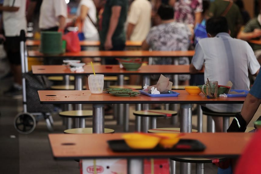 The decrease in satisfaction with the cleanliness of food outlets could be attributed to the heightened awareness of the importance of cleaning during the Covid-19 pandemic.