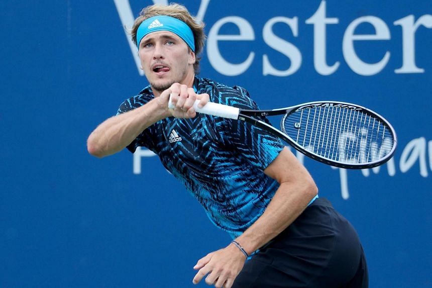Alexander Zverev plays a forehand during his match against Lloyd Harris on Aug 18, 2021, in Mason, Ohio.