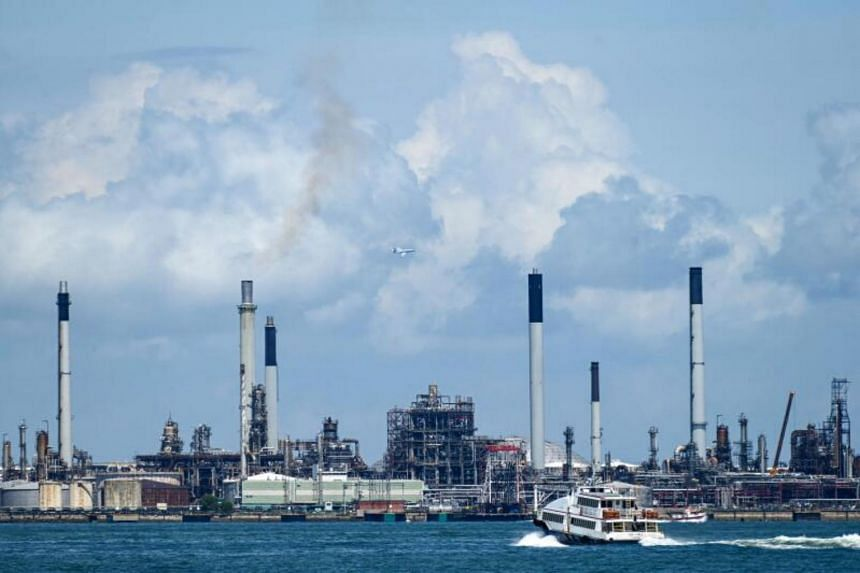 Vessels off Singapore, Malaysia and China had about 62 million barrels last week after hitting a near three-month high earlier this month.
