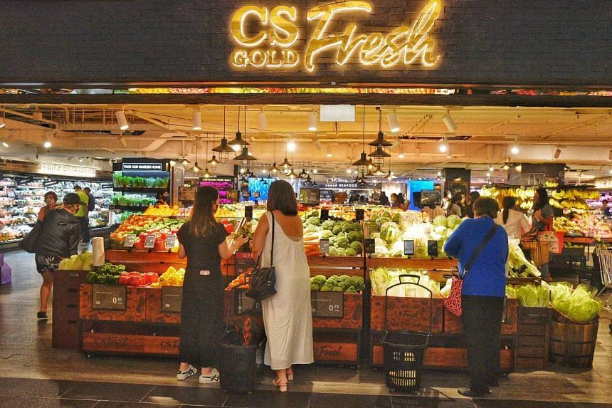 Supermarket chain Cold Storage opened its new flagship outlet, CS Fresh Gold, at Paragon on Wednesday (Aug 25).