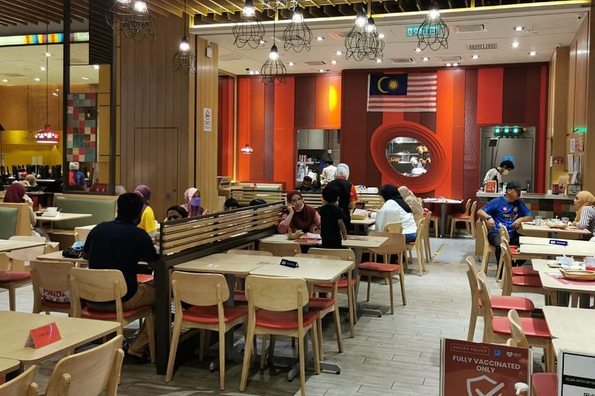 Sunway Malls and Theme Parks has seen a gradual increase in the number of diners with the easing of dine-in restrictions for the fully-vaccinated since Aug 20.