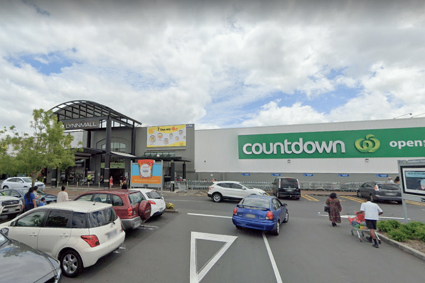 New Zealand supermarket group Countdown said it has removed knives and scissors from its shelves.