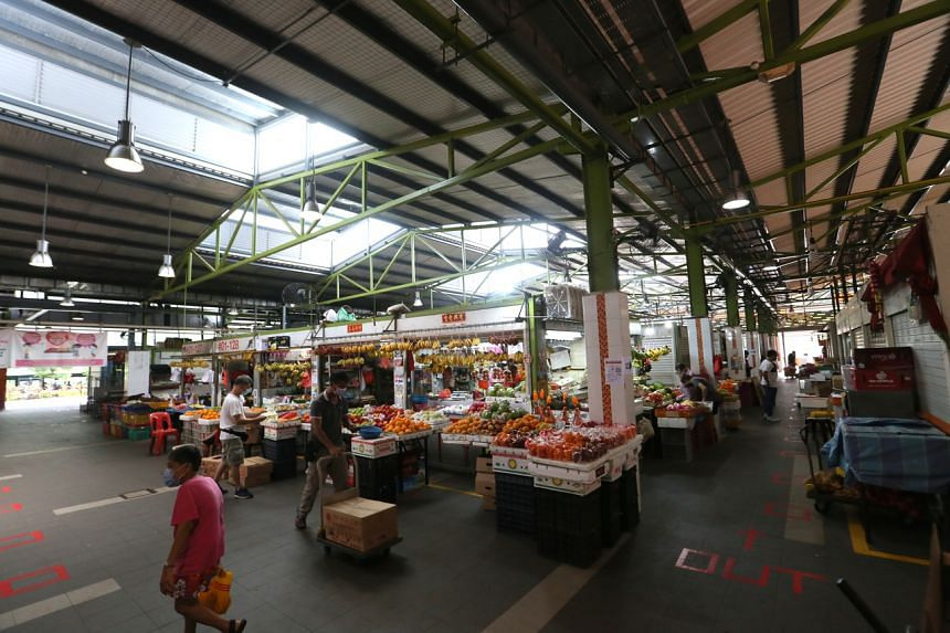 The Bukit Merah View Market and Hawker Centre cluster was Singapore's largest for some time.
