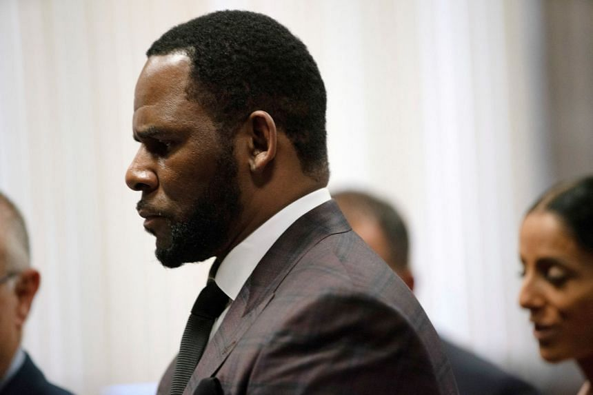 R. Kelly arrives for a court hearing in Chicago, Illinois, in 2019.