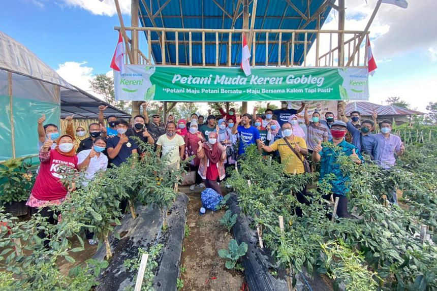 Mr Agung Wedhatama set up a community called Cool Young Farmers, which now has 2,000 members.