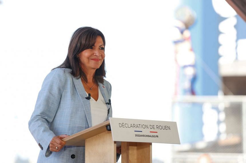 Paris Mayor Anne Hidalgo has little chance of mounting a serious challenge unless she can unite the fragmented left.