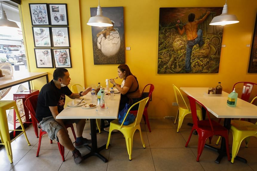 People dining in at a restaurant in San Juan City, Metro Manila, on Sept 16, 2021.