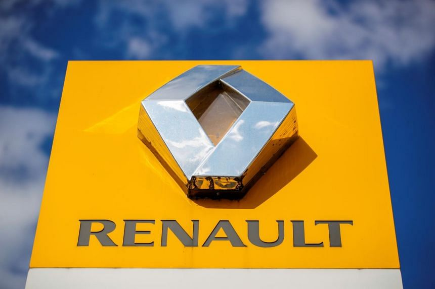 The company is in talks with French unions to cut 1,600 engineering and 400 support positions between 2022 and 2024.