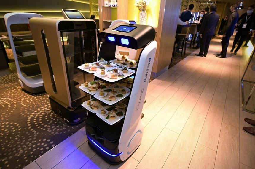 Keenon entered a partnership with SoftBank Robotics to launch its delivery robot, Keenbot, in Singapore and Japan.