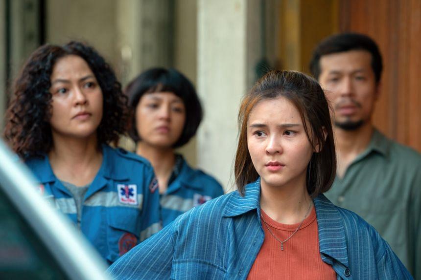 Thai actress Aom Sushar Manaying in Bangkok Breaking.