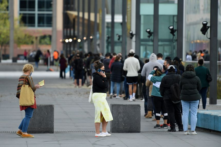 People waiting in line at the Melbourne Museum Covid-19 vaccination clinic on Sept 17, 2021.