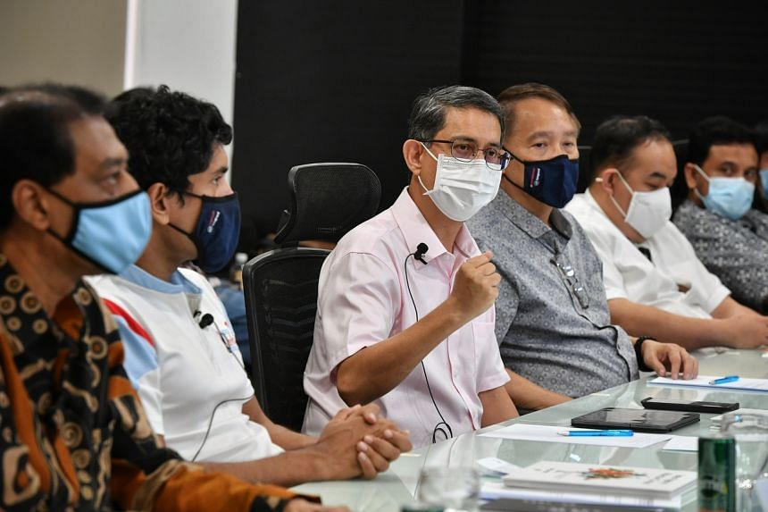 """Dr Muhammad Faishal Ibrahim (third from left) participates at the """"Empowering Youths: Countering Extremism And Strengthening Social Cohesion"""" forum on Sept 26, 2021."""