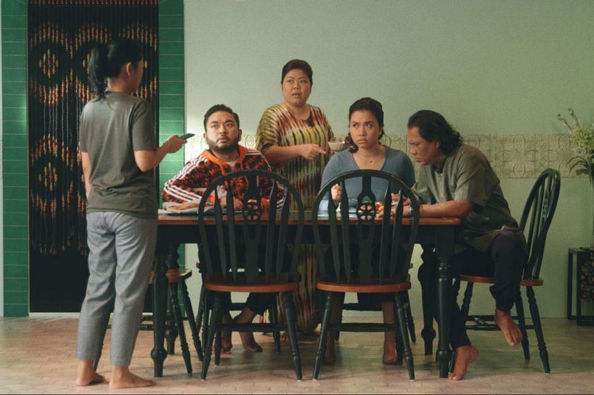 (From left) Rusydina Afiqah, Adib Kosnan, Dalifah Shahril, Farah Lola and Rafaat Hamzah play a squabbling family in Keluarga Besar En. Karim (The Karims).