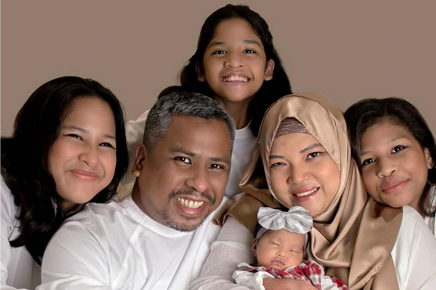 Ms Siti Hawa Mohd Najib's second of four daughters, Aqilah Shazwani (first from right), was the first to contract Covid-19 in the family of six.