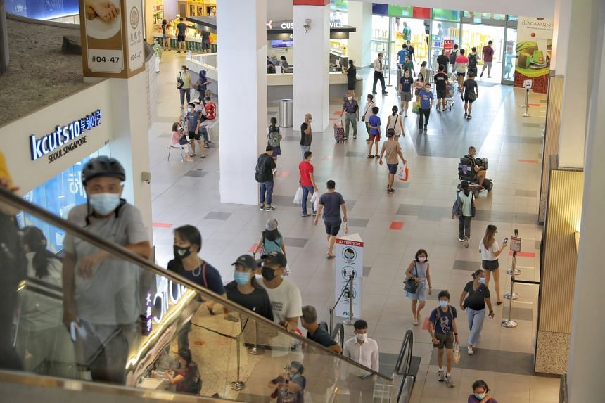 Besides seeking more clarity on vaccination-differentiated safe management measures, malls also want to know if unvaccinated staff can still work at outlets inside malls.