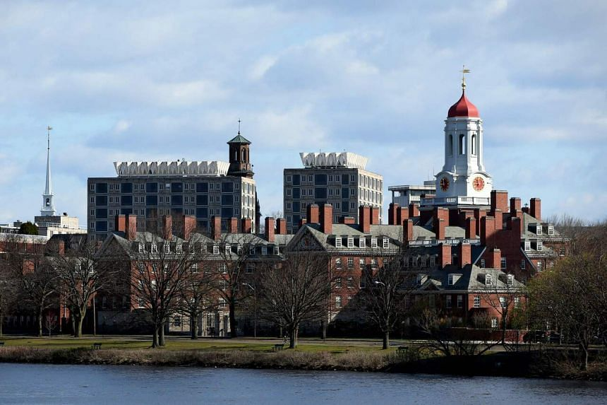 Harvard will move its Chinese language programme from Beijing Language and Culture University to National Taiwan University.