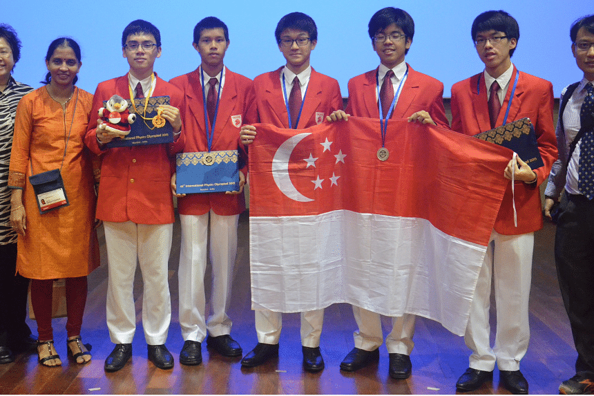 The Singapore team at the 46th International Physics Olympiad held in Mumbai, India.
