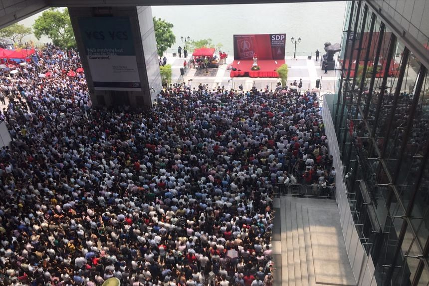 The crowd at the Singapore Democratic Party lunchtime rally at the promenade area outside UOB Plaza on Sept 7, 2015.