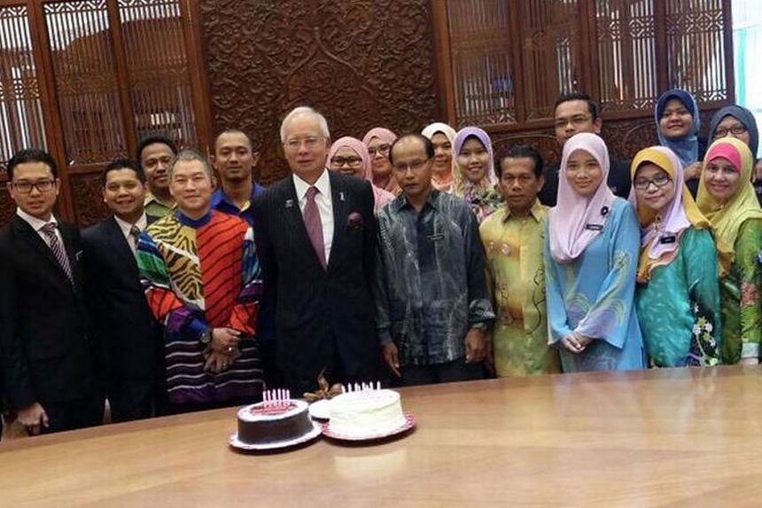 Malaysian Cabinet ministers, Members of Parliament and netizens yesterday took the opportunity to wish Prime Minister Najib Razak a happy 62nd birthday through their Twitter accounts. Datuk Seri Najib was born on July 23, 1953, in Kuala Lipis, Pahang