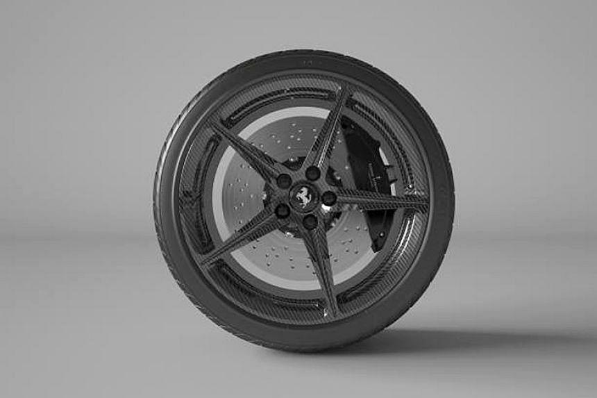 Full carbon-fibre wheels.