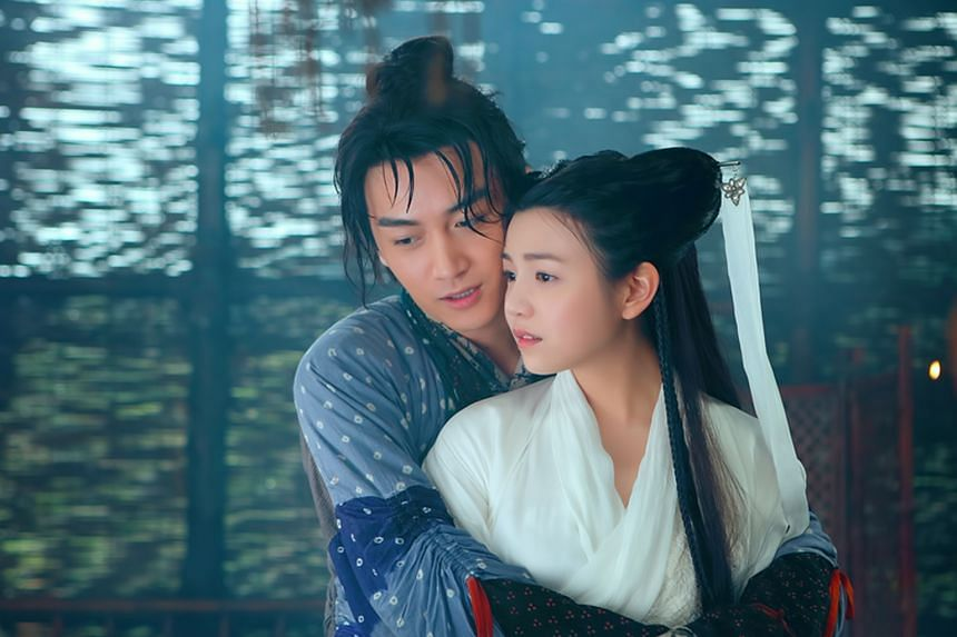 Chen Xiao and Michelle Chen (both right), who acted in last year's adaptation of Return Of The Condor Heroes, have been spotted coming out of the same hotel room at dawn.