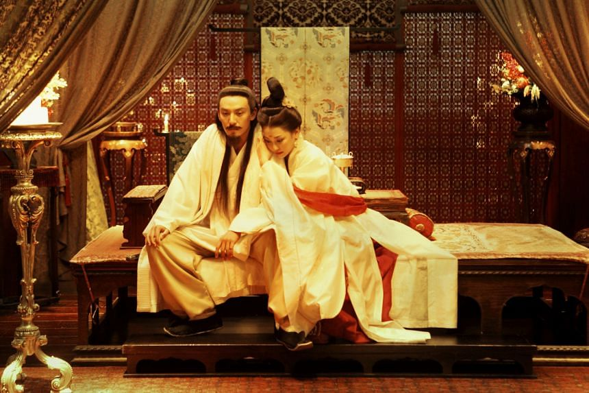 Chang Chen as powerful lord Tian Ji'an and Nikki Hsieh is his concubine Huji in The Assassin.
