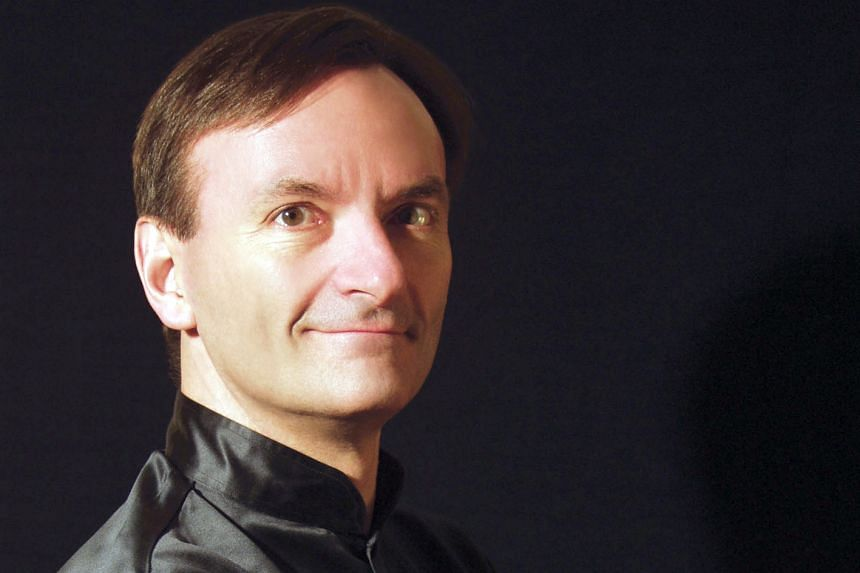 Stephen Hough injected sparkle into the running notes.
