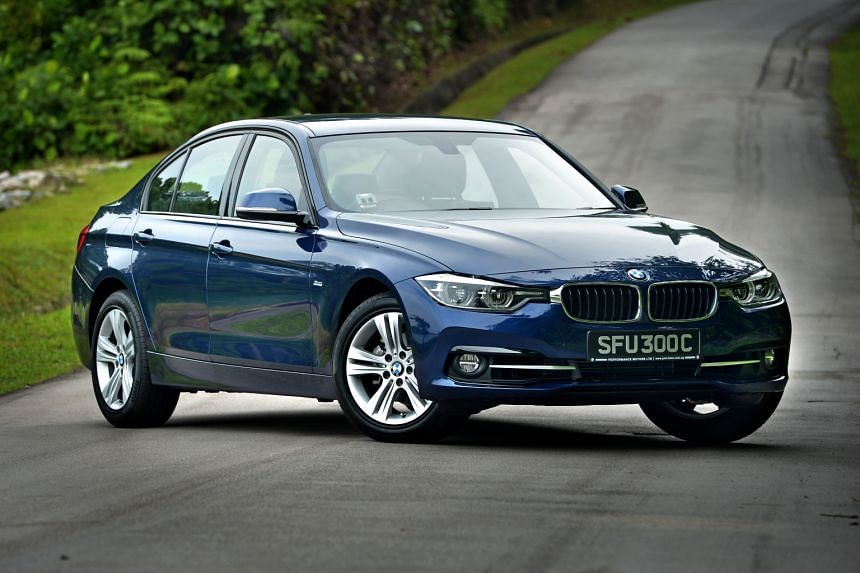 The facelifted 318i offers a decent ride and lots of cabin space.