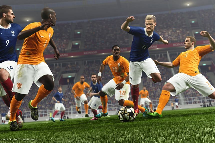 The gameplay of Pro Evolution Soccer 2016 flows faster than in previous versions, and it is so much easier to score a goal.