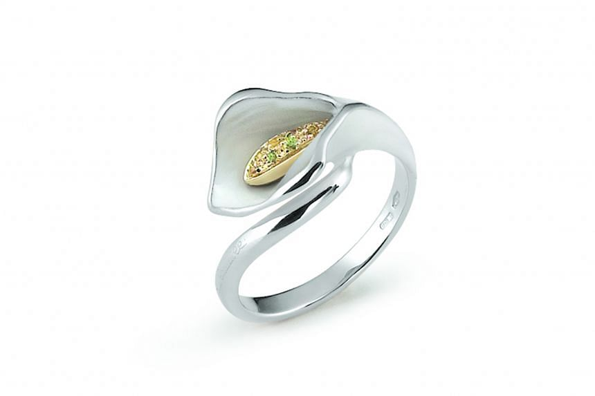 Italy: Yellow sapphire ring, price unavailable, by Annamaria Cammilli.