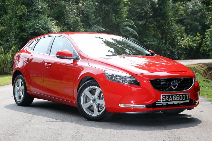 The Volvo V40 T2 delivers a fine performance despite its 1.5-litre turbocharged engine.