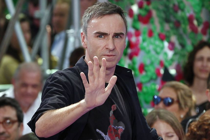 Artistic director Raf Simons says he is leaving to pursue other interests.