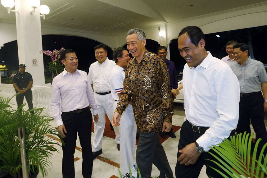 Prime Minister Lee Hsien Loong arriving at Orchid Country Club for an appreciation dinner last night to thank the People's Action Party's candidates in Aljunied GRC and Hougang, and their volunteers in the recent general election. The candidates are
