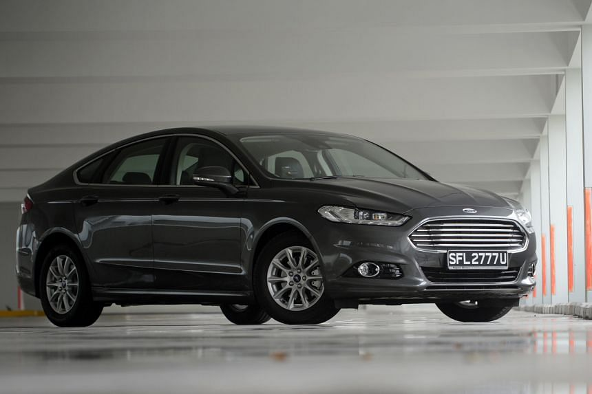 The Ford Mondeo 1.5 EcoBoost has a relatively small engine but boasts attractive features such as a panoramic sunroof.