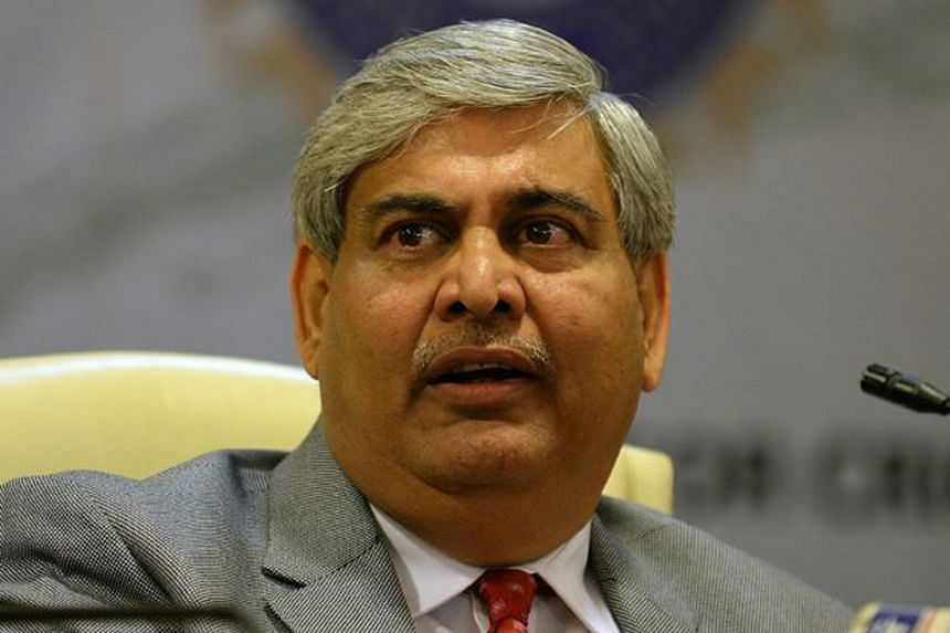 Shashank Manohar (left) takes over N. Srinivasan's position as ICC chairman and will serve till June. The latter was forced out as the ICC ruled that an administrator removed by his home board cannot serve in the world governing body.