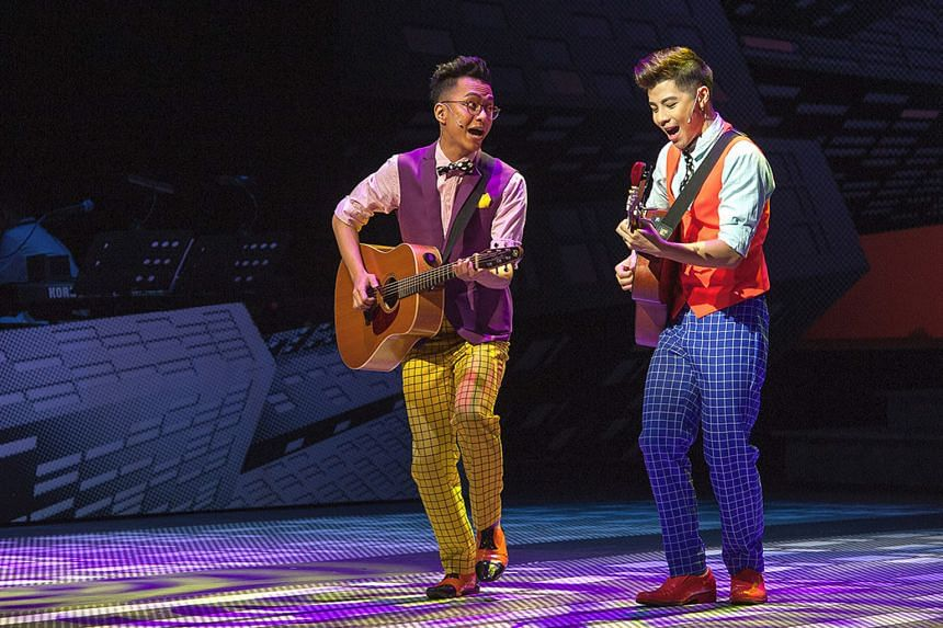 Sezairi Sezali (far left) and Benjamin Kheng's (left) musical and stage harmony makes for a brilliant bromance.