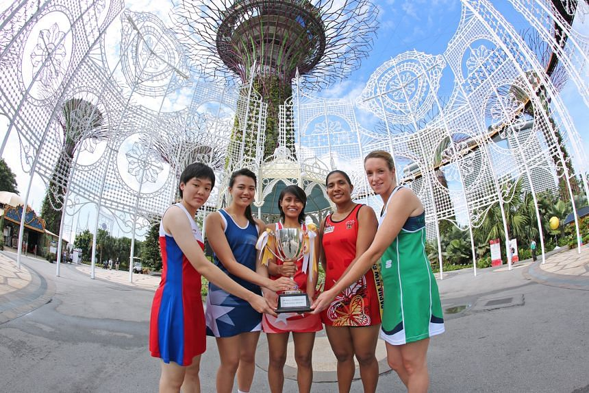 Taking in the sights at Gardens by the Bay are (from left): Cheng Hui-ping (Chinese Taipei captain), Yu Mei Ling (invitational team captain), Nurul Baizura (Singapore co-vice captain), Lua Rikis (Papua New Guinea captain) and Gemma Gibney (Northern I