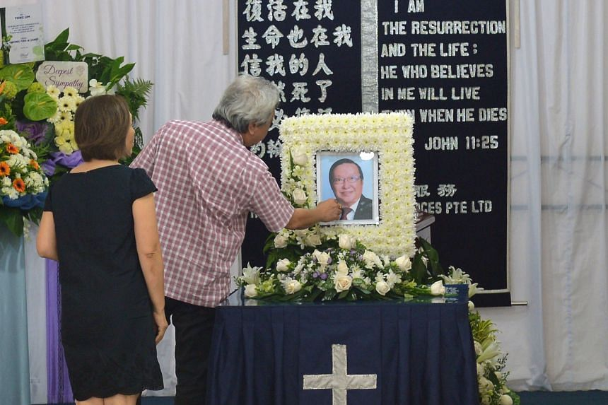 Lawyers young and old visited the wake yesterday to pay their respects to Mr Foo, who had been a fixture at the State Courts bar room, which he managed.