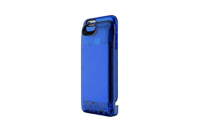 Boostcase by Carte Blanche for iPhone 6/6s is available in several colours.