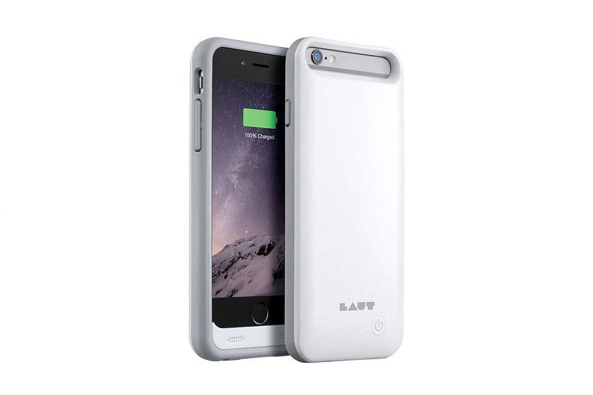 The Laut N.Duro is the lightest battery case in this round-up and its exterior feels smooth.