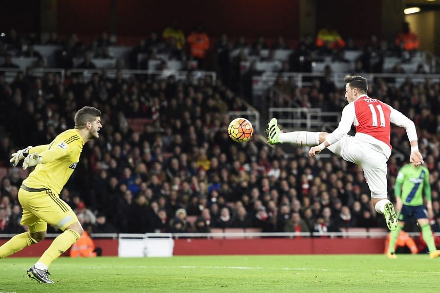 Mesut Oezil (right) missing an opportunity to score during the match between Arsenal and Southampton which ended in a 0-0 draw.