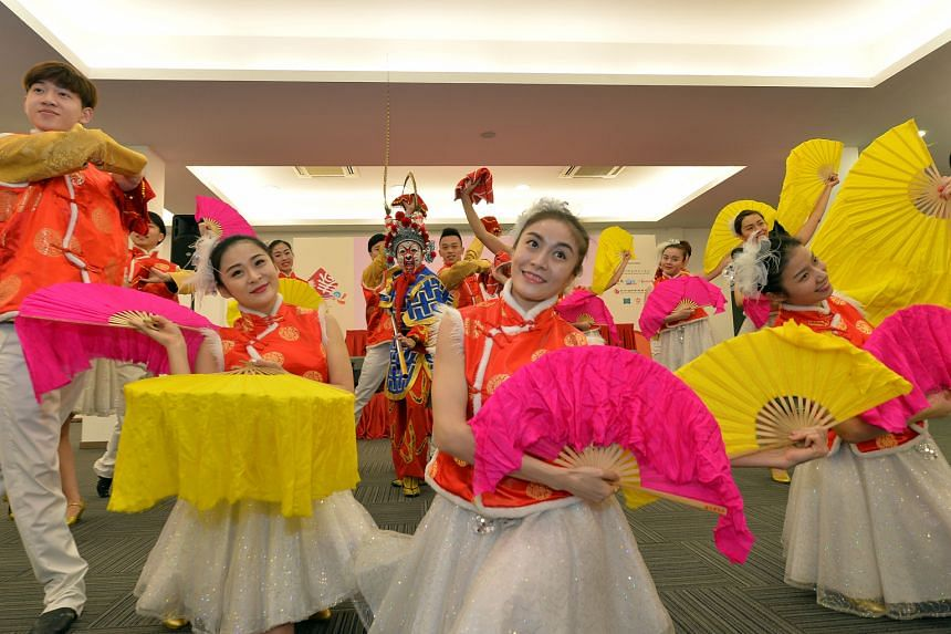 Performers from the Song and Dance Theatre from Nanjing and the Hwa Kang Dance Troupe from the Chinese Culture University in Taipei will perform at this year's festival, which marks the 30th anniversary of River Hongbao.