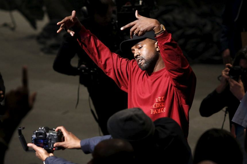 Kanye West Debuted The Life Of Pablo During His Yeezy Season 3 Fashion Show  At Madison