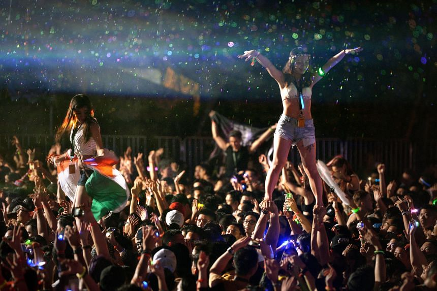 ZoukOut 2015 held at Sentosa's Siloso Beach drew more than 45,000 people.