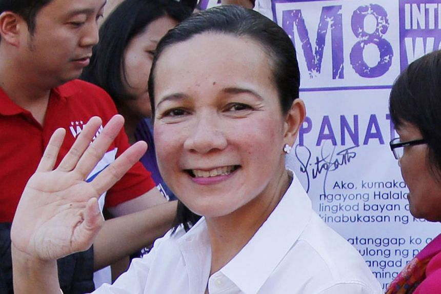 Senator Grace Poe was cleared to continue her presidential campaign after the Philippine Supreme Court reversed an earlier disqualification.
